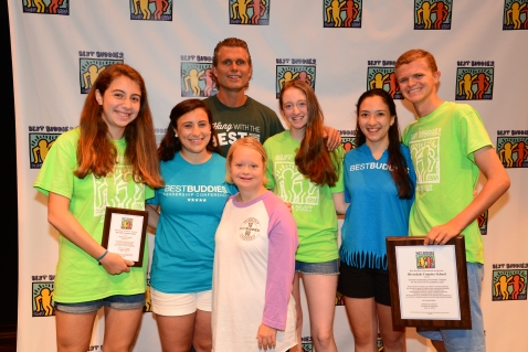 "Riverdale Country School in Bronx, New York receives the ""Overall Outstanding Promoters Chapter Award"" at Buddies Leadership Conference Opening Ceremonies © Larry Levin, Best Buddies International. All rights reserved."