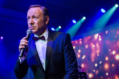Internationally acclaimed actor Kevin Spacey performs at The Venetian Macao Saturday night at Sands China's annual charity ball. This year's Venetian Ball 2014: A Night of Glitz and Glamour, with Tiffany & Co. as Presenting Sponsor raised funds for Best Buddies Macao – a chapter of Best Buddies International.
